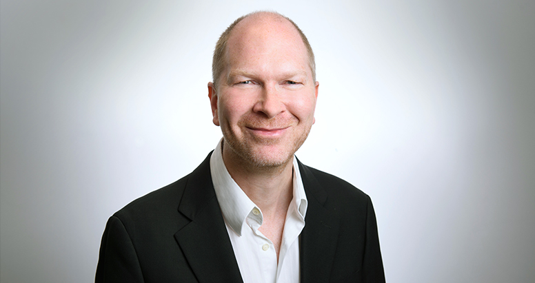 Toby Maclean (London)