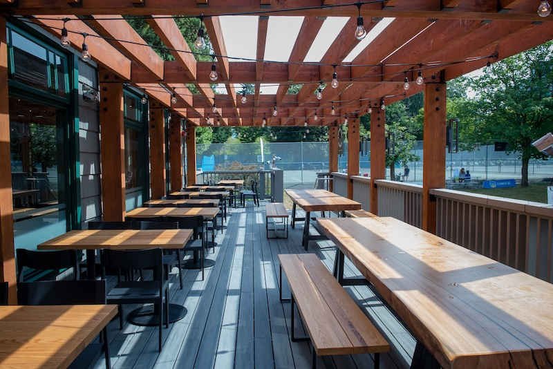 An outdoor seating area for a restaurant
